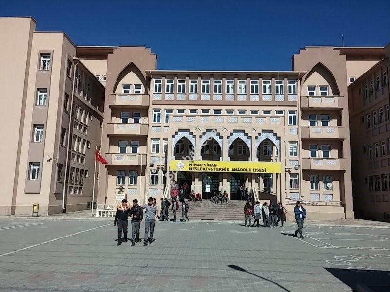 Mimar Sinan Mesleki ve Teknik Lisesi