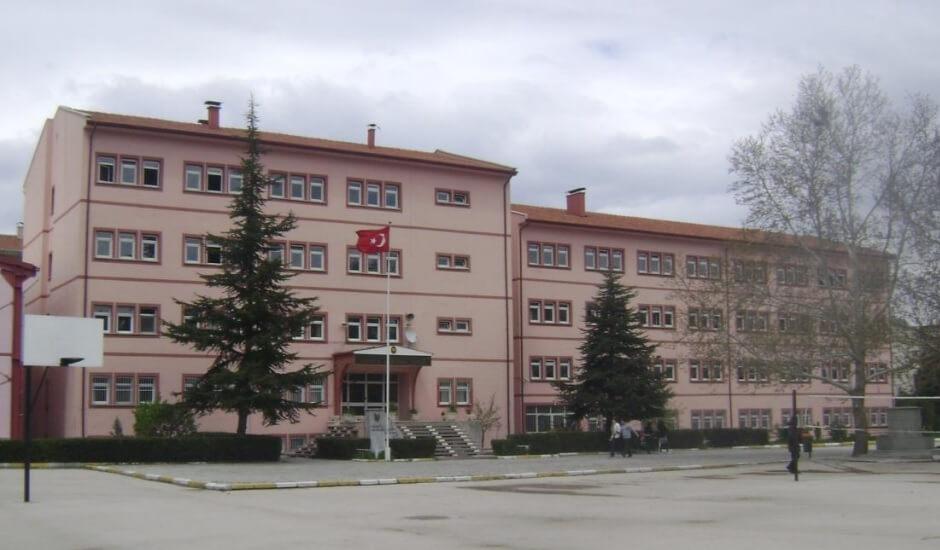Isparta Anadolu Lisesi