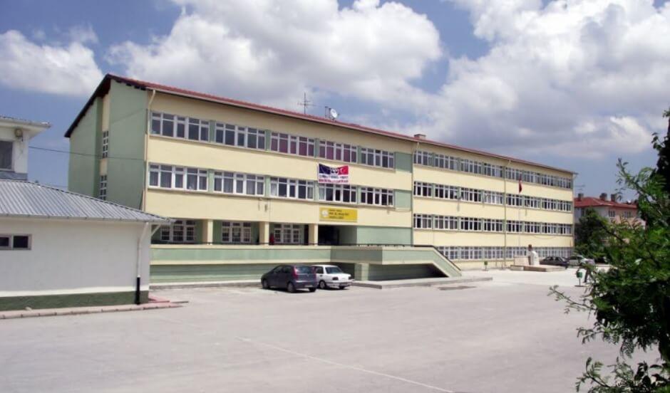 Prof.Dr. Orhan Oğuz Anadolu Lisesi