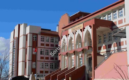 Kırşehir Osman Yalçınkaya Anadolu Lisesi