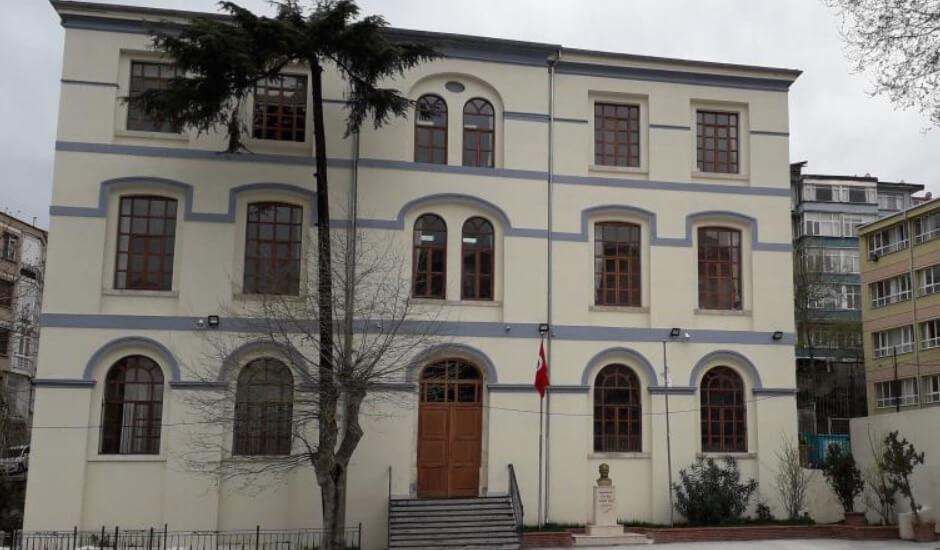 Kabatas Mesleki ve Teknik Anadolu Lisesi