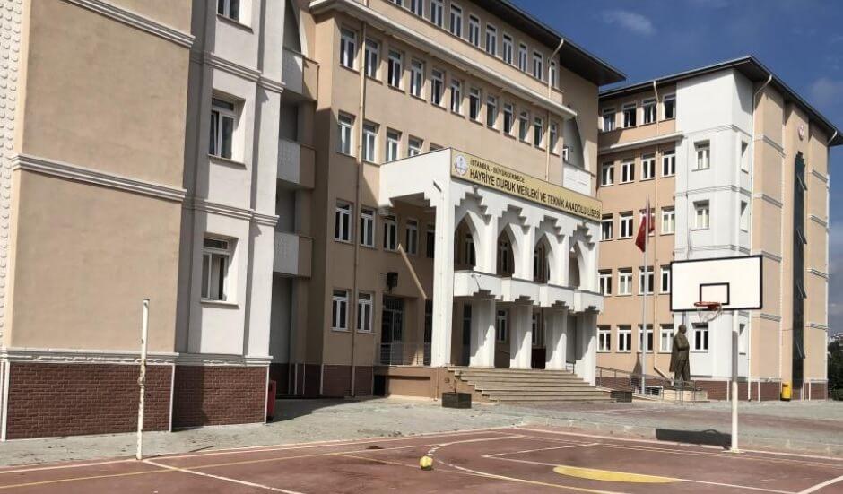 Büyükçekmece Hayriye Duruk Mesleki ve Teknik Anadolu Lisesi resmi