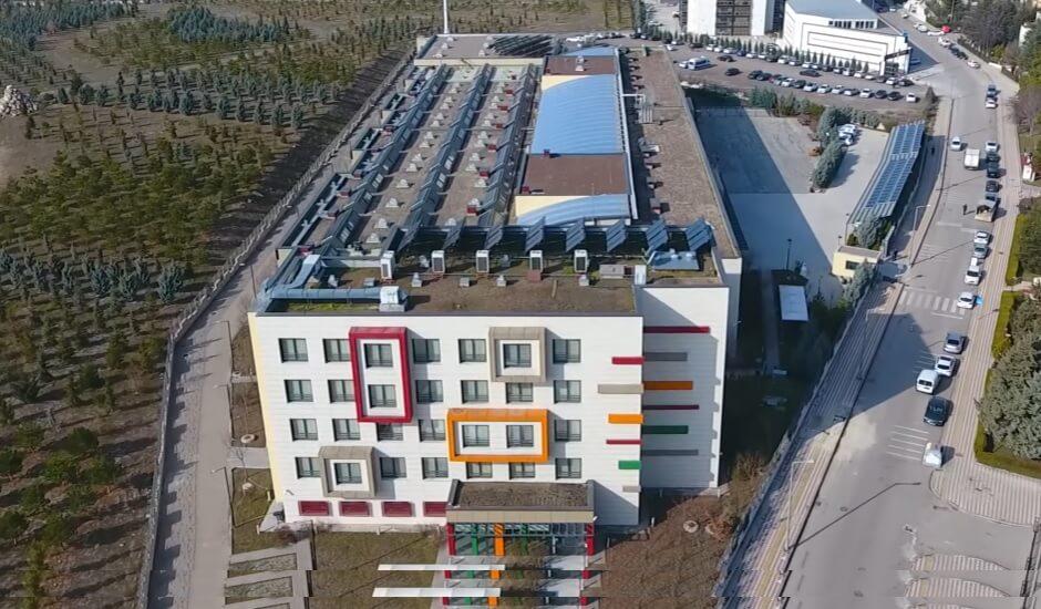 Cezeri Yeşil Teknoloji Mesleki ve Teknik Anadolu Lisesi
