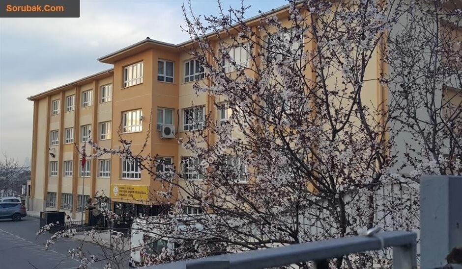 Üsküdar Ahmet Keleşoğlu Anadolu Lisesi