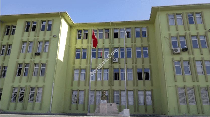 Çakmaklı Cumhuriyet Anadolu Lisesi