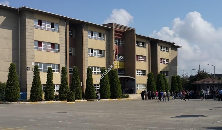 Hüsnü M. Özyeğin Anadolu Lisesi