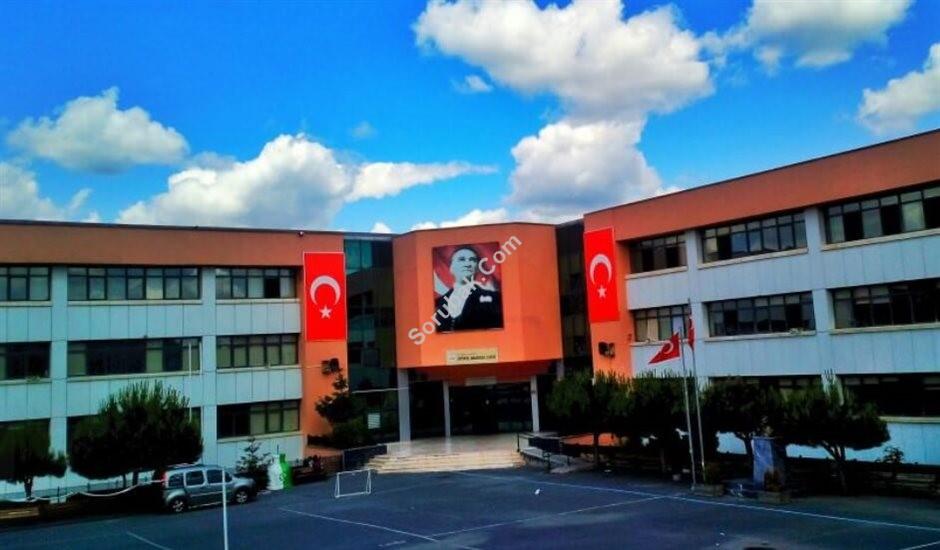 İstinye Anadolu Lisesi resmi