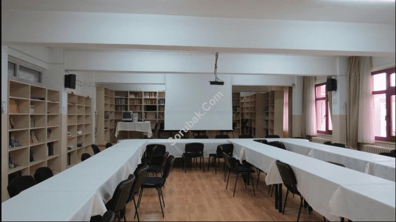 Şehit Ömer Halisdemir Anadolu Lisesi