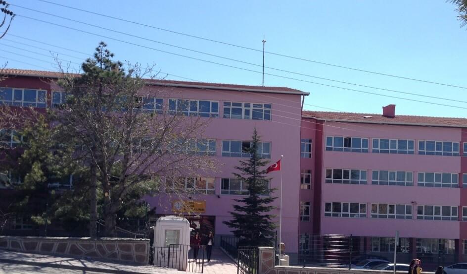 Elmadağ Anadolu Lisesi