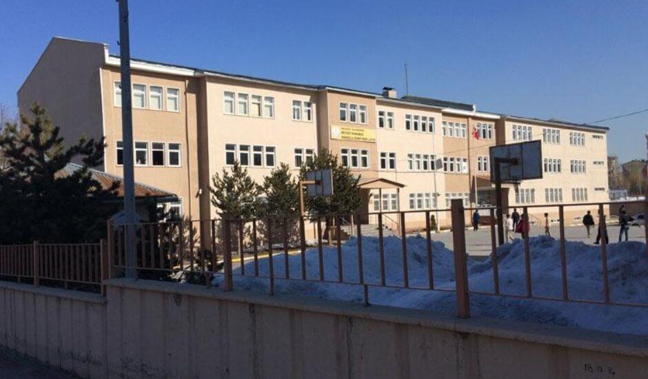Nevzat Karabağ Anadolu Lises