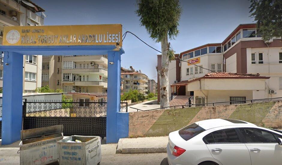 Nihal-Turgut Anlar Anadolu L