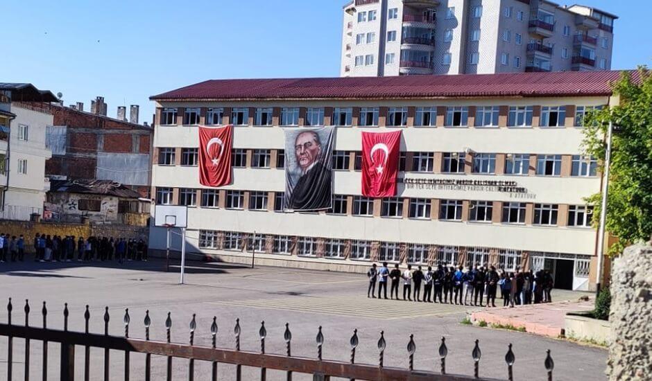 Cumhuriyet Anadolu Lisesi