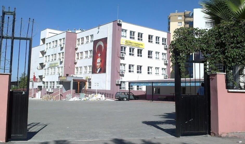 Mehmet Özöncel Anadolu Lisesi
