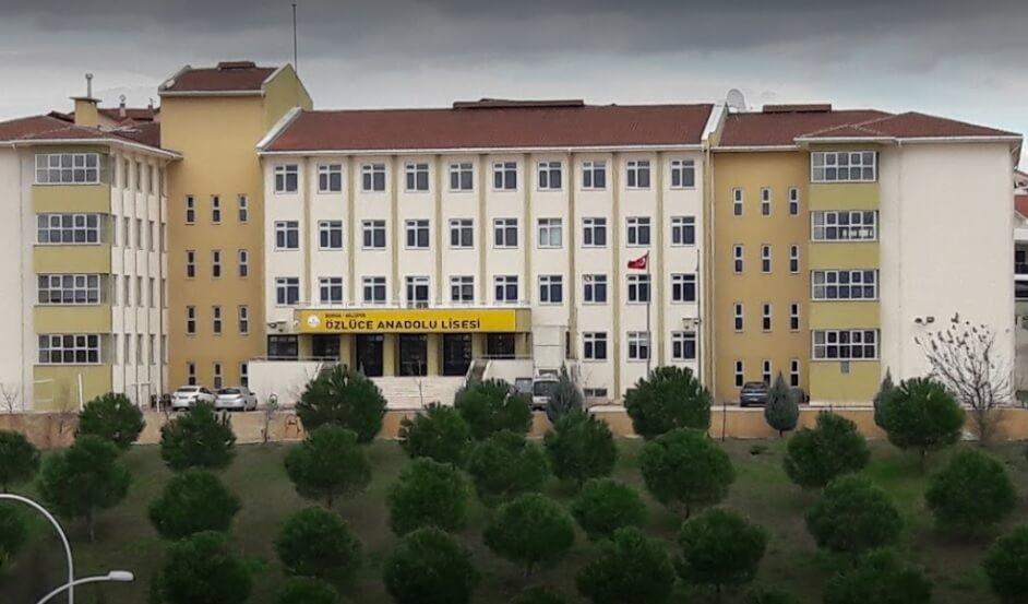 Özlüce Şehit Aykut Yurtsever Anadolu Lisesi