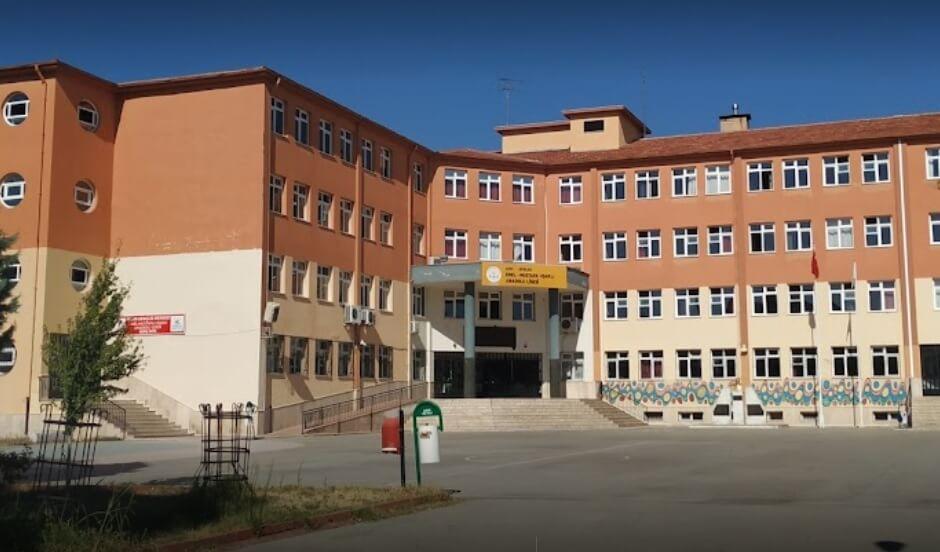 Emel-Mustafa Uşaklı Anadolu Lisesi