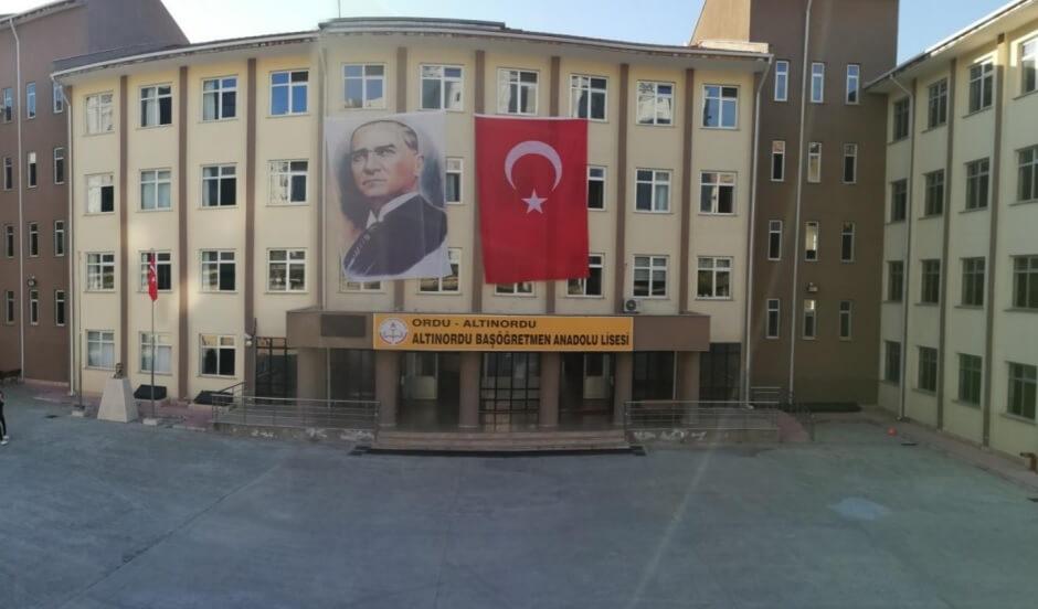 Altınordu Başöğretmen Anadolu Lisesi